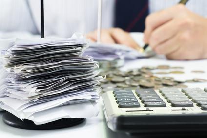 Faktoring a kredyt – porównanie kosztów